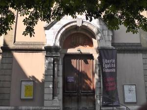 Banderole temple Grenoble