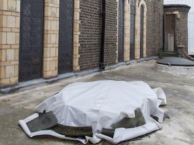 Toit en travaux eglise protestante francaise de Londres