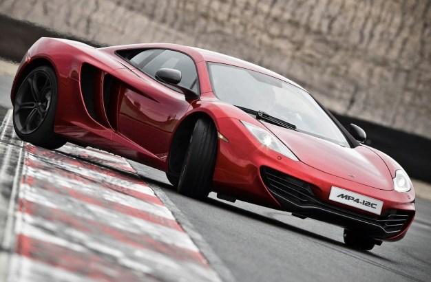 McLaren working on 'Mega Mac' to compete with Bugatti Veyron