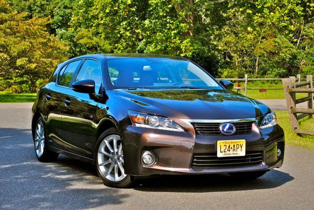 Review: 2012 Lexus CT 200h