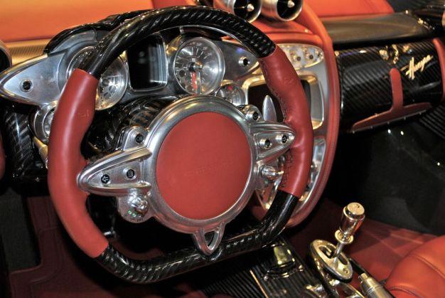 2012 Geneva: Pagani Huayra Carbon Edition