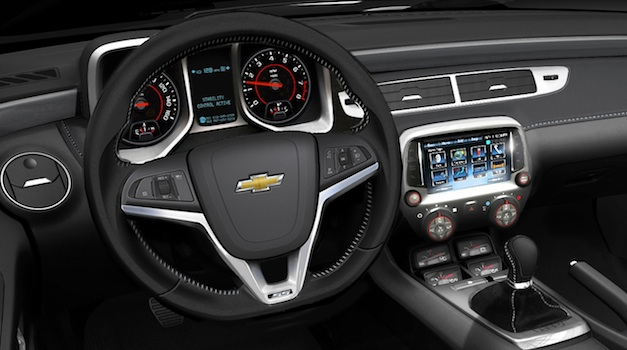 Chevrolet Camaro with navigation becomes a reality for 2013 thanks to MyLink