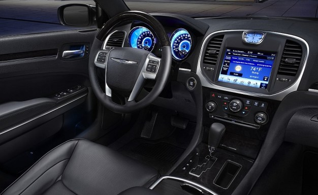 Fiat-Chrysler Automobiles recalls 1.4 million vehicles following Wired Magazine car-hack feature