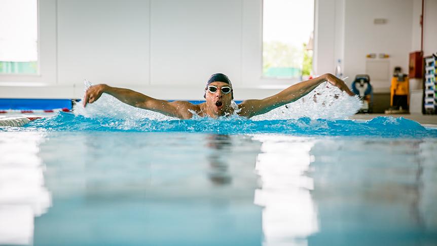 Corsi in piscina per tutte le et ego club - Corsi per neonati in piscina ...