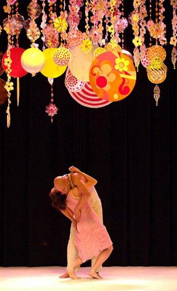 Beatriz Milhazes/Set design for Tempo de Verão (Summertime),by Marcia Milhazes Contemporary Dance Company, 2006