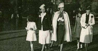 صورة عمرها 80 سنة.. أناقة سيدات العائلة المالكة بزفاف الأميرة فوزية وولى عهد شاه إيران