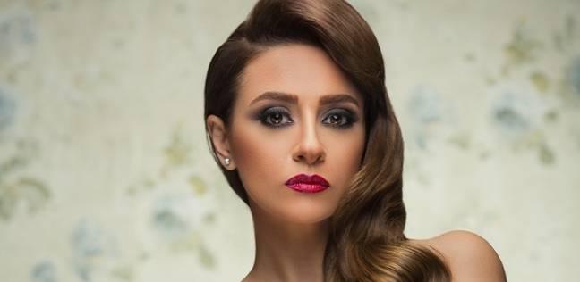 """مريم حسن تقف لأول مرة أمام هاني سلامة في """"قمر هادي"""" رمضان المقبل"""