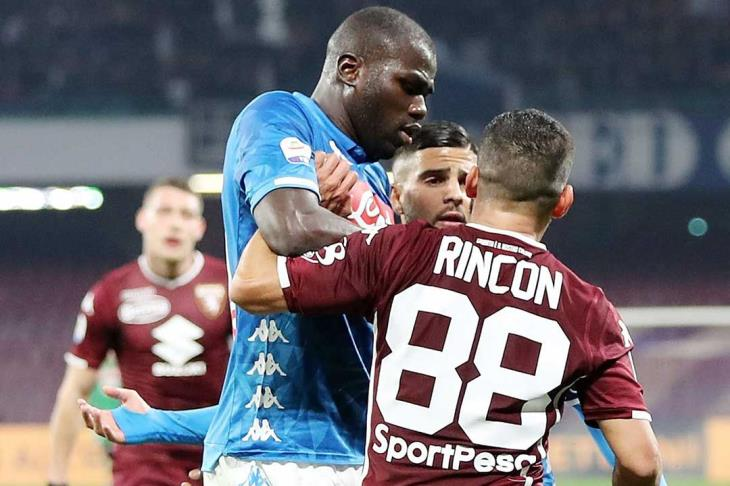 نابولي يسقط في فخ التعادل أمام تورينو في الدوري الإيطالي