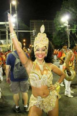 Anny-Santos-Im.001-267x400 Title category