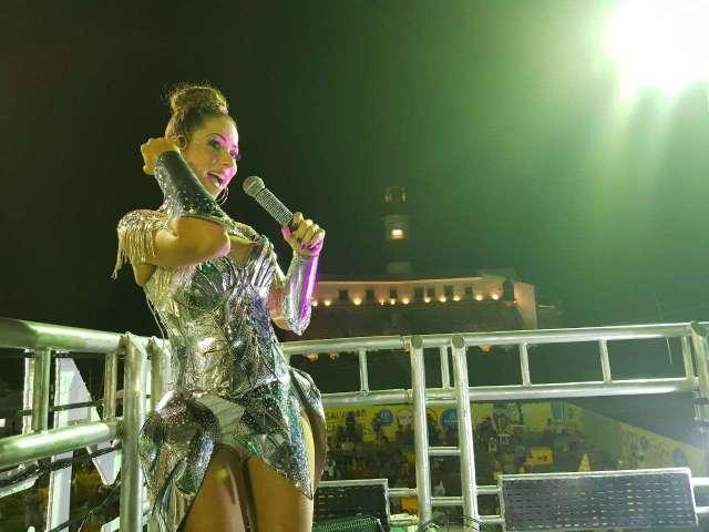 Luana-Monalisa-Im.007-640x480 Title category