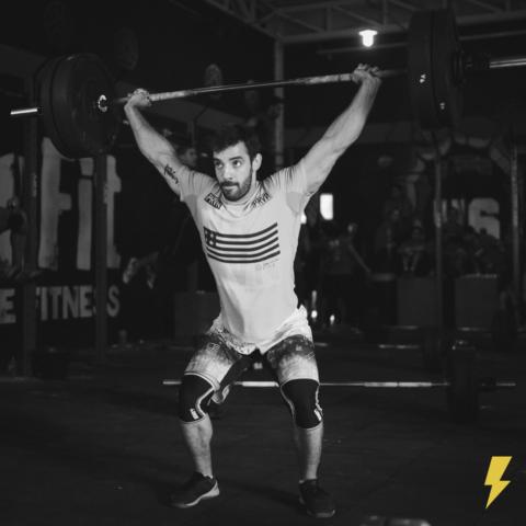 Fábio-Dechichi-em-prova-de-CrossFit-Im.001-e1524090674717 Title category