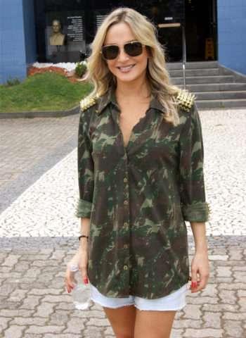 Blusa-Militar-Claudia-Leite-Im.001-e1528072529340 Title category