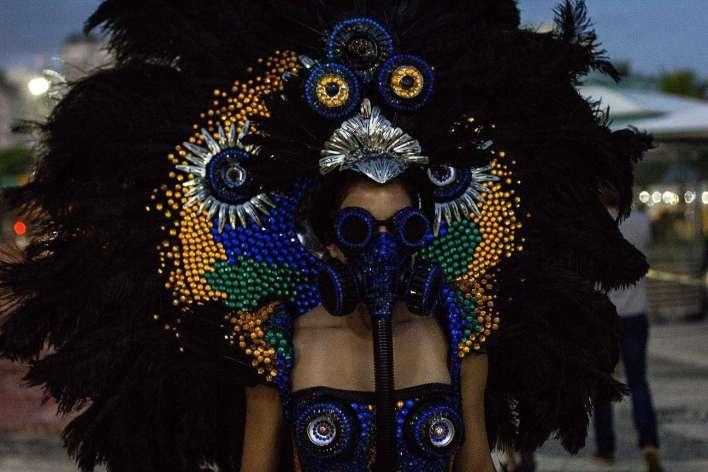 Palestra-Mulheres-Performers-Fotografa-Carolina-Calcavecchia-Performance-à-brasileira-Bruna-Araujo-720x480 Title category