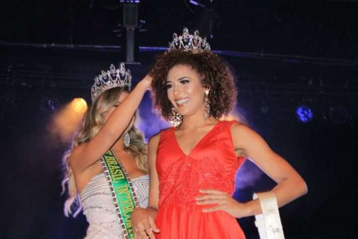 Juliana-Soares-Im.001-e1532297611580 Title category