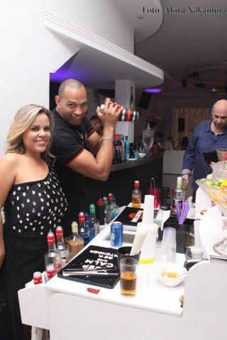 Vivianne-Alves-e-Kr-Bartenders-Im.001-e1538334756456 Title category