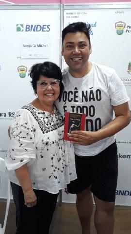 FOTO-3-Vanja-Ca-Michel-e-Bernardo-Guedes-crédito-divulgação_Easy-Resize.com-567-270x480 Title category
