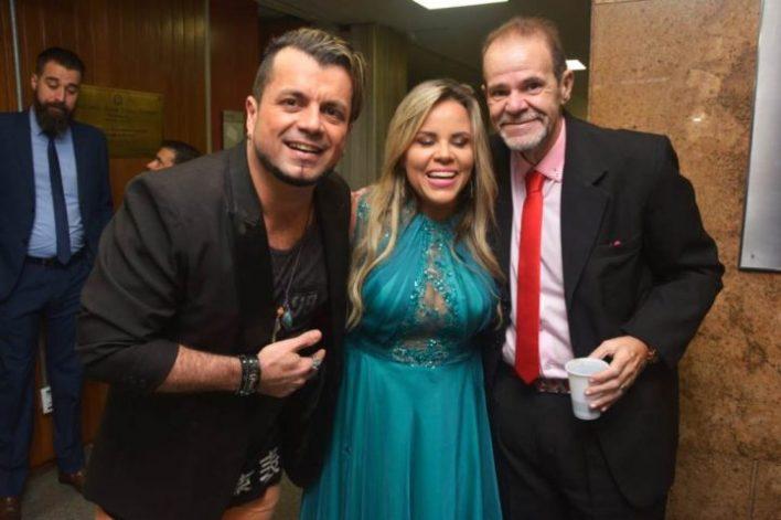 Velaske-Brawm-Viviane-Alves-e-Fernando-Jardim-Im.001-1-e1541286192639 Title category