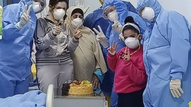 Photo of الاحتفال بعيد ميلاد أصغر مريضة مصابة بـ كورونا بمستشفى العجمى بالإسكندرية