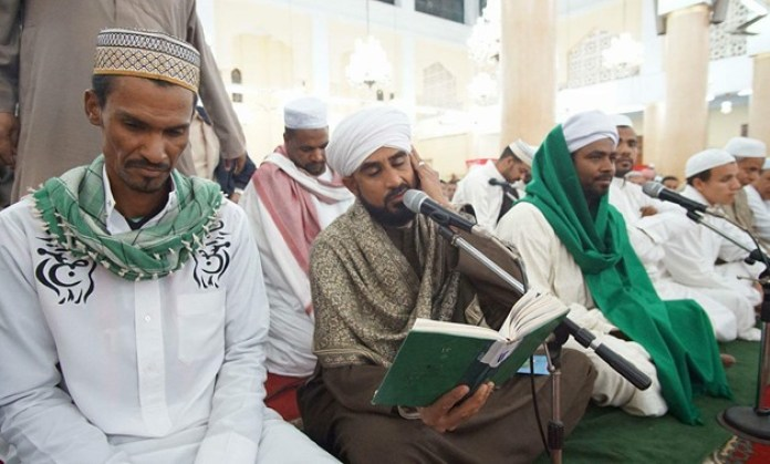 Poetry being sung during the Mawlid al-Nabawi celebration at Salih al-Jafari Mosque in Cairo – November 30, 2017 – photo courtesy of Abdul Latif Shamsudoha