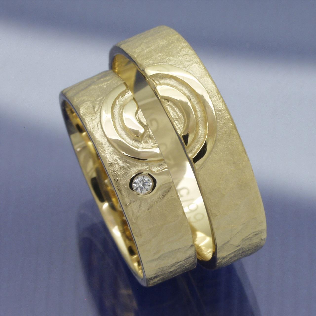 EheringeShop  Trauringe 585 Gelbgold Spirale