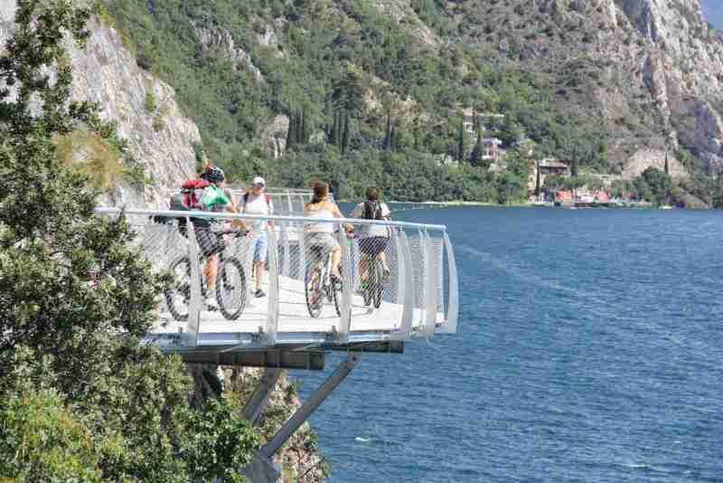 ciclabile lago di Garda