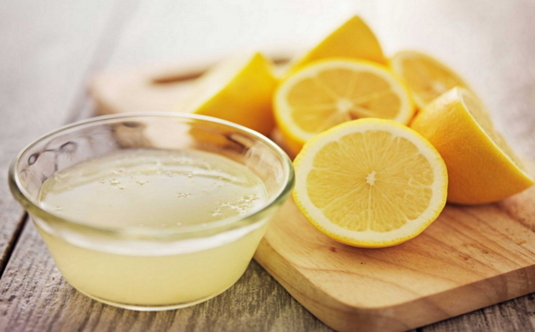 Lemon Juice - Best Home Remedies for Hair Growth
