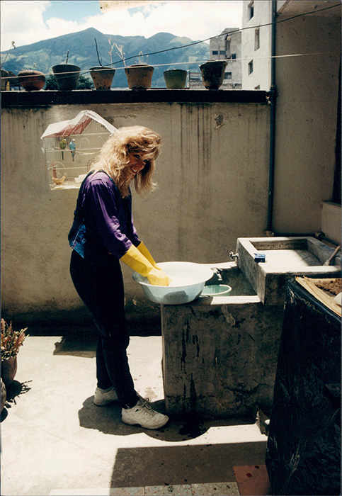 Gloria Washing Clothes
