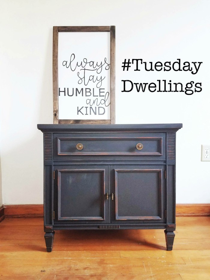 Hi friends! We have a new Totally Terrific Tuesday hashtag in play starting today! I have joined with a group of very talented ladies to bring you #tuesdaydwellings We want to see your style, your dwellings, your DIY decor, what makes your home shine. Post your photos all week starting Monday using the hashtag #tuesdaydwellings and don't forget to follow ALL of your hosts for your chance to be featured next week @jessbures @eitherpepperberries @sweetparrishplace @savvyapron At the end of the week, we will pick our favorite and it will be shared on all hosts accounts on Monday. The featured account will be invited to be our guest host the following week! Don't forget to tag a few friends to play along!!