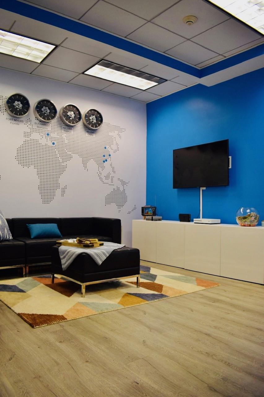 Eightpoint Office - TV Lounge