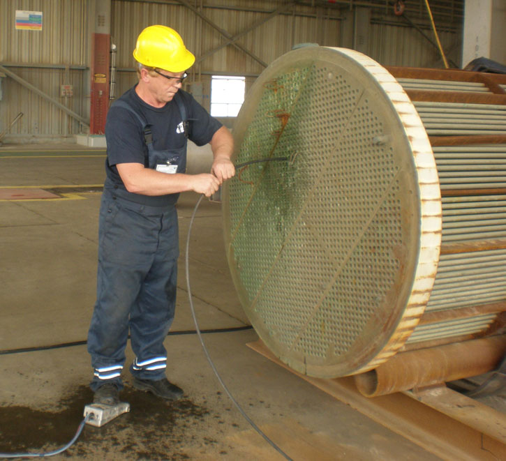 Heat Exchanger Tubes Cleaning  Eilaf