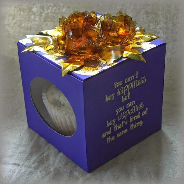 Artist Trading Block Cupcake Box by Jenny Marples   Eileenhull.com