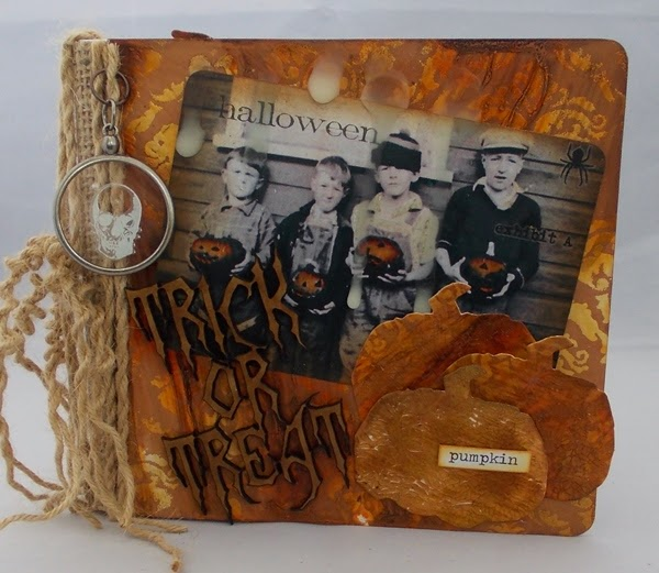 Halloween  Mini Album by Tracy Evans | Eileenhull.com