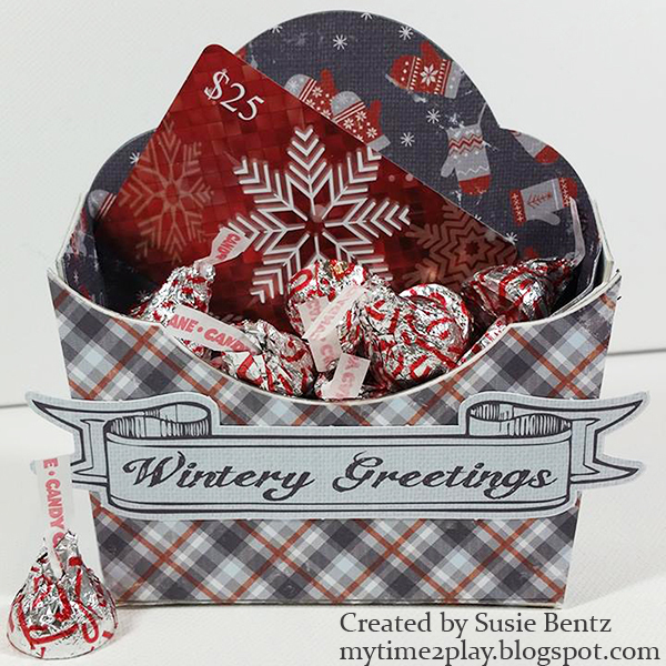 4-authentique-wintery-eileen-hull-flower-pocket-die-gift-card-holder