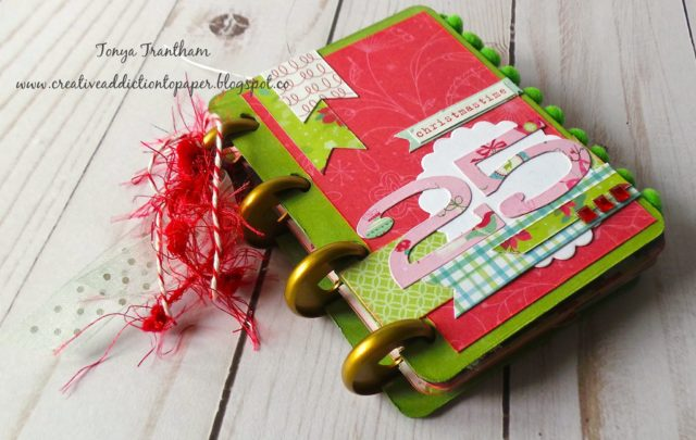 New Book Club Sizzix Collection Preview: Christmas Journal by Tonya Trantham
