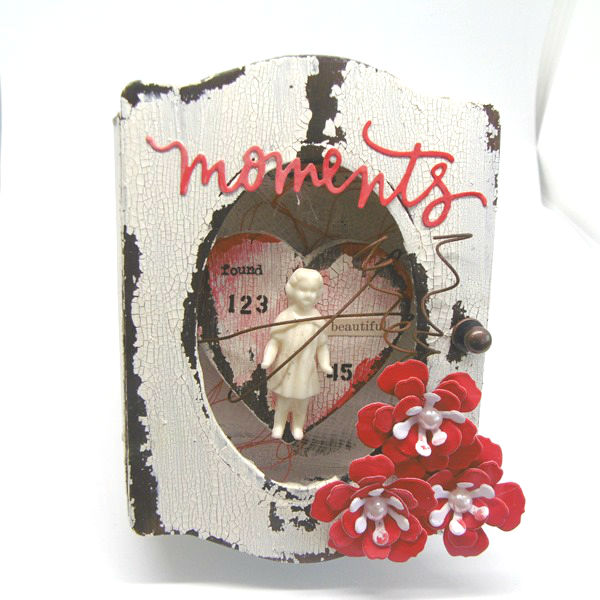 Eileen Hull's New Book Club Sizzix Collection: Mixed Media Trinket Box by Tracy Evans