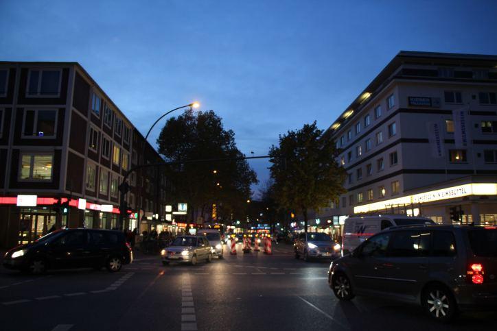 Weihnachtsbeleuchtung: Osterstraße erstrahlt wieder in festlichem Glanz