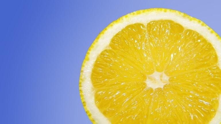 Zitrone zur Entkalkung