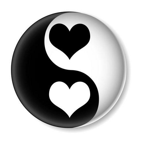 yin yang liebe umarme die dualit t f r sch nere erfahrungen. Black Bedroom Furniture Sets. Home Design Ideas
