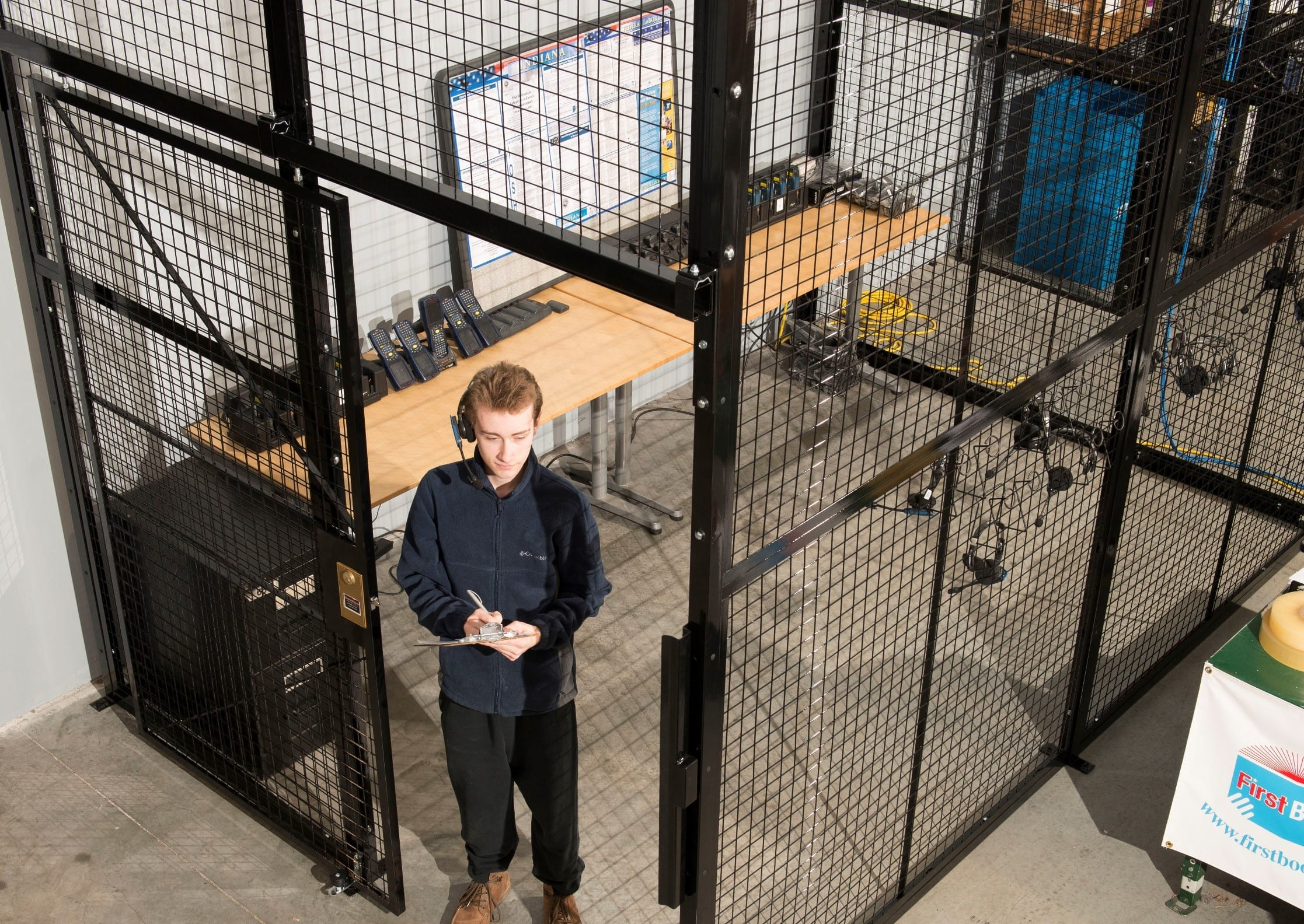 Tool-Cage-to-secure-valuable-property-or-merchandise