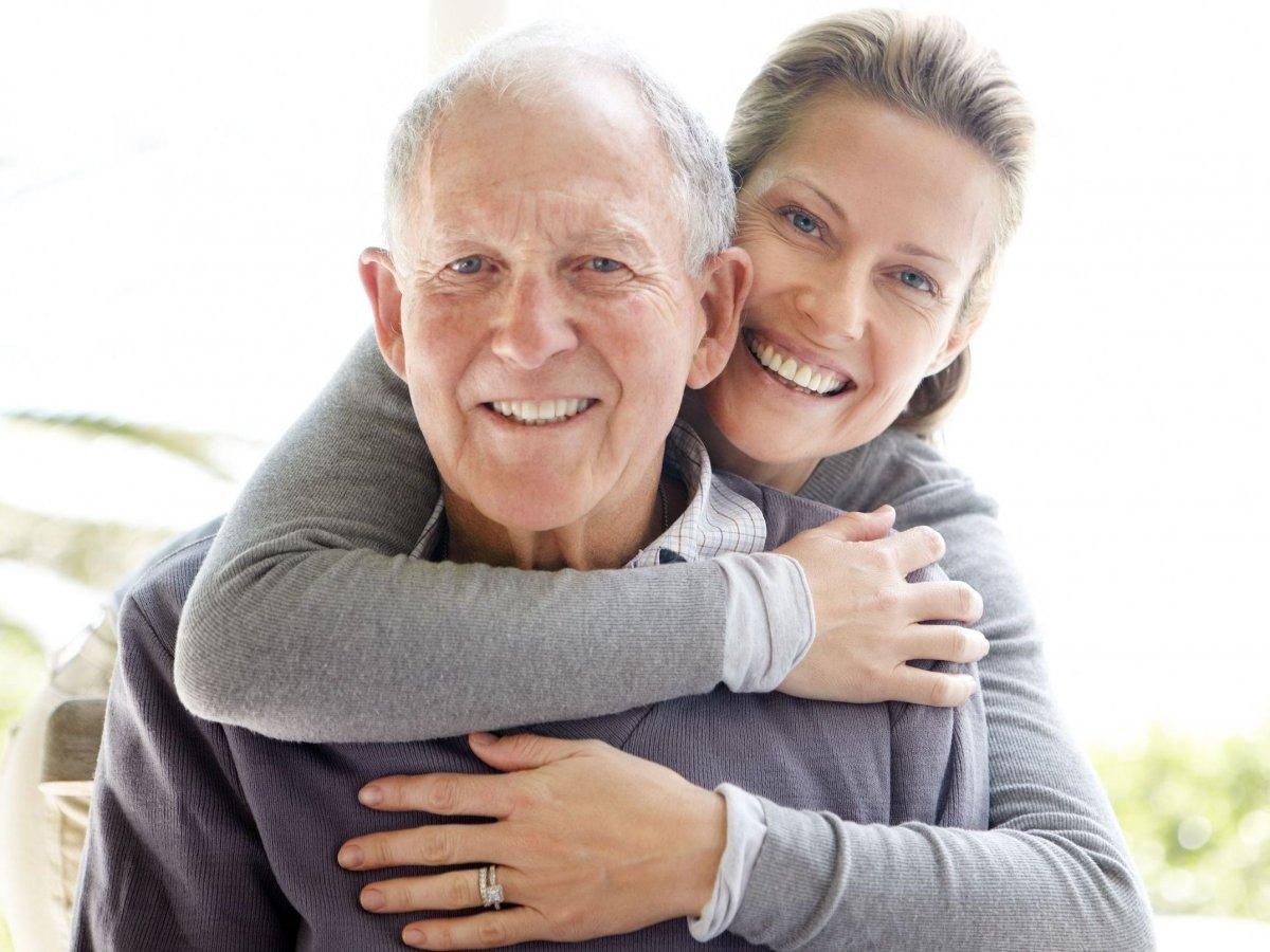 Αποτέλεσμα εικόνας για μιας πραγματικής αγκαλιάς.
