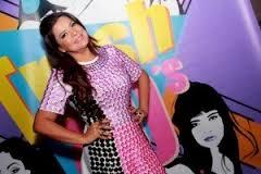 Em 2013 a cantora se envolveu em uma polêmica ao defender o projeto