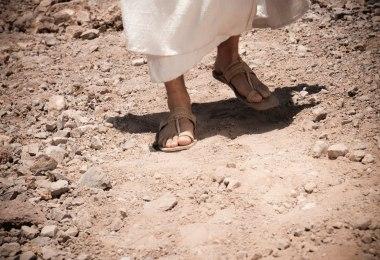 Evangelizar para salvar os perdidos ou para louvar a Deus?