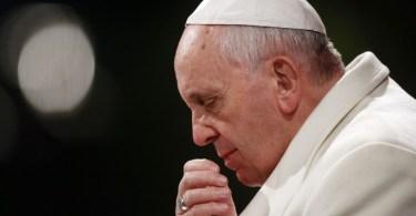 """""""Há corrupção no Vaticano"""", admite papa Francisco"""