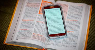 Distribuição de Bíblias digitais cresce no Brasil