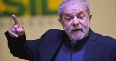 """Lula diz que as pessoas deveriam ler a Bíblia para """"não usar meu nome em vão"""""""