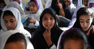 Estudante cristã pode ser expulsa de escola por se recusar a estudar o islamismo