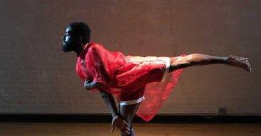 """Dançarino com paralisia usa deficiência para pregar o Evangelho: """"É minha maior ferramenta"""""""