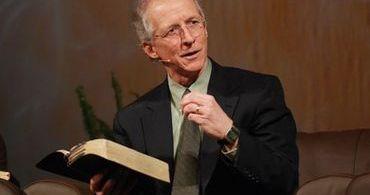 Pastor defende que pais ensinem aos filhos pequenos sobre o inferno