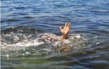Notícia sobre pastor que morreu após tentar andar sobre a água é falsa