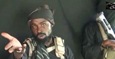 """Líder do Boko Haram ameaça cristãos em vídeo: """"Vocês estão brincando com fogo do inferno"""""""